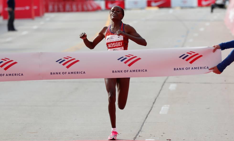Kosgei pulveriza el récord del mundo de maratón